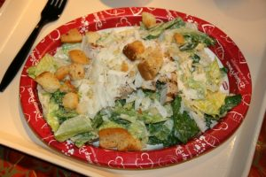 Where to eat healthy food in Orlando: Disney salad